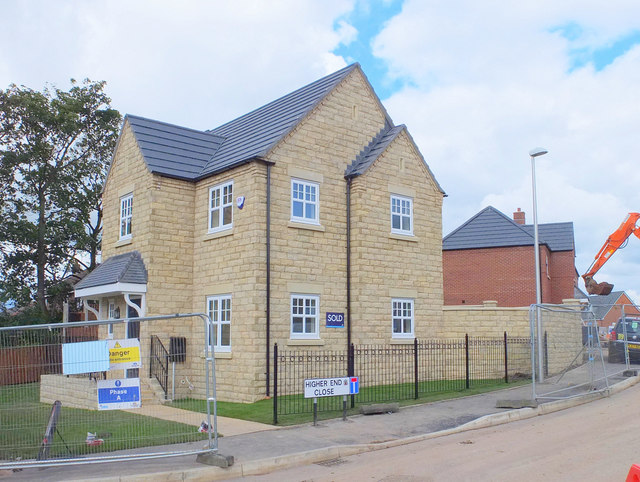 Building Higher End Close, Billinge