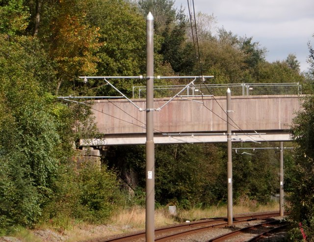 Footbridge over the tramway