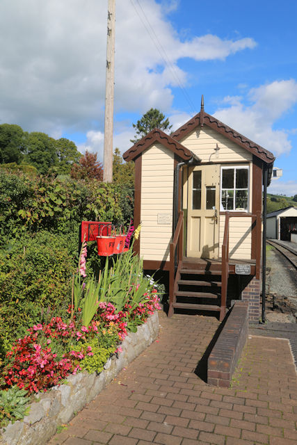 Llanfair station signal box