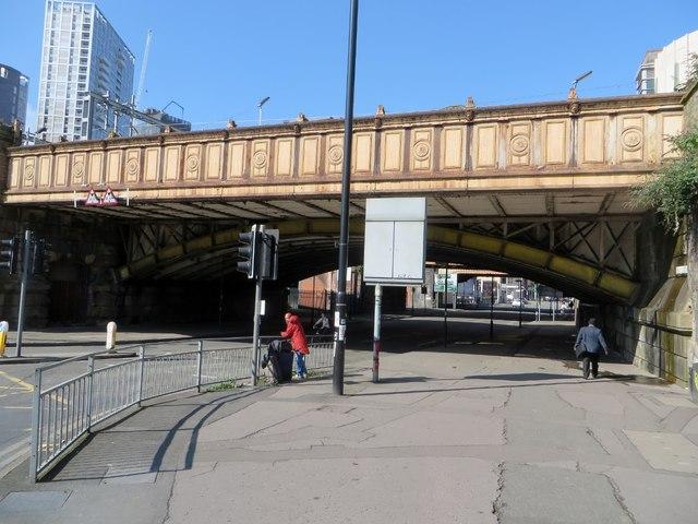Railway bridge over Great Ducie Street
