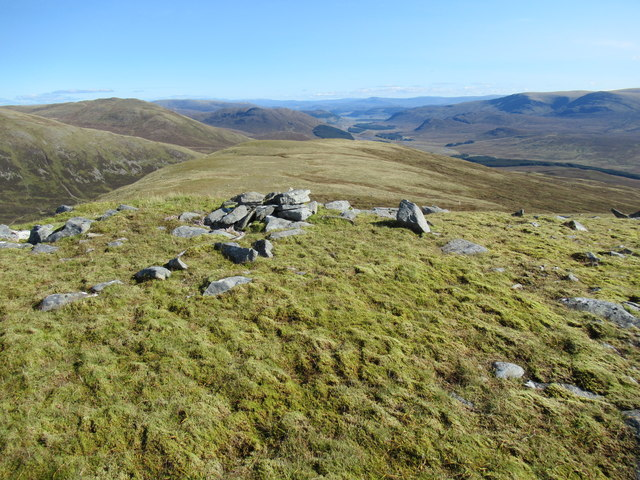 Cairn on point 859 near Corrieyairack Pass above Speyside