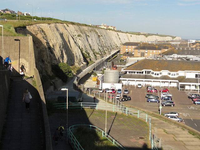 Chalk Cliff behind Brighton Marina Village