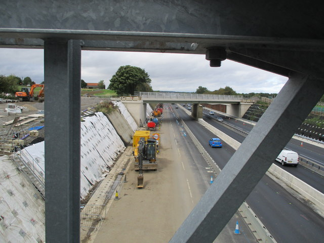 A1  northbound  from  pipe  gantry  footpath