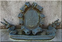 NS3975 : Statue of Peter Denny: armorial detail by Lairich Rig