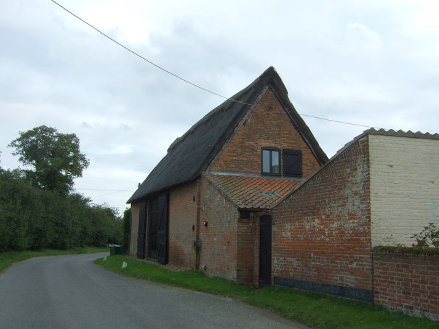 Thatched barn conversion on Langley Street