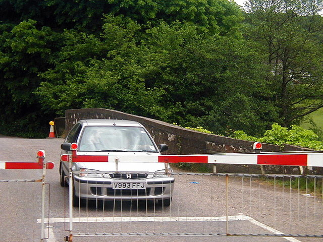 Level crossing at Eggesford