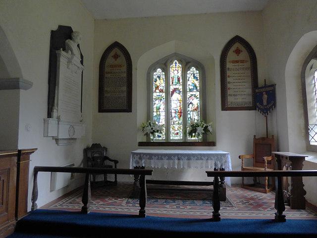 St Edmund, Marske - chancel