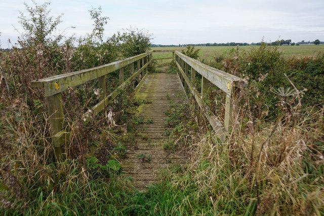 Footbridge over North Beck Drain