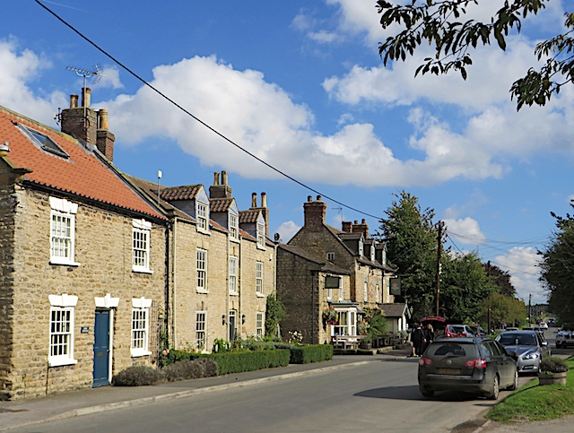 Houses and pub, Welburn