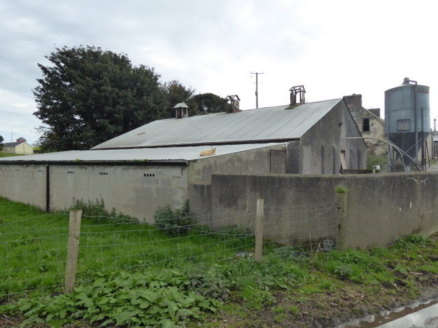 Farm buildings along Millbrae Road, Mullagharn (Young)
