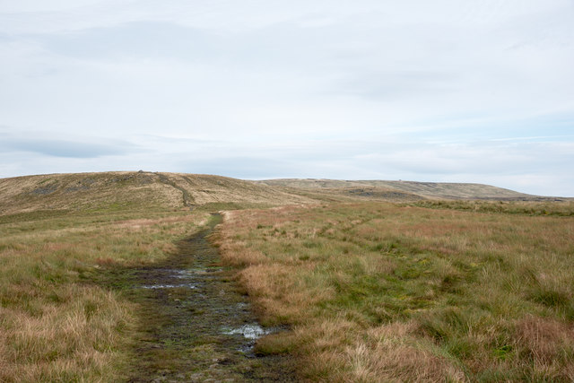Path of Pennine Way heading north for Great Shunner Fell