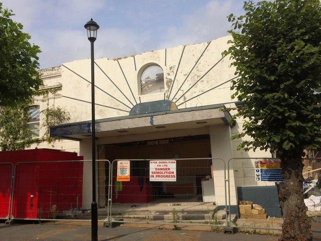 End of the Rivoli Cinema, Station Avenue, Sandown