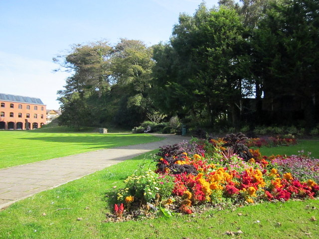 Barnstaple Park and Motte