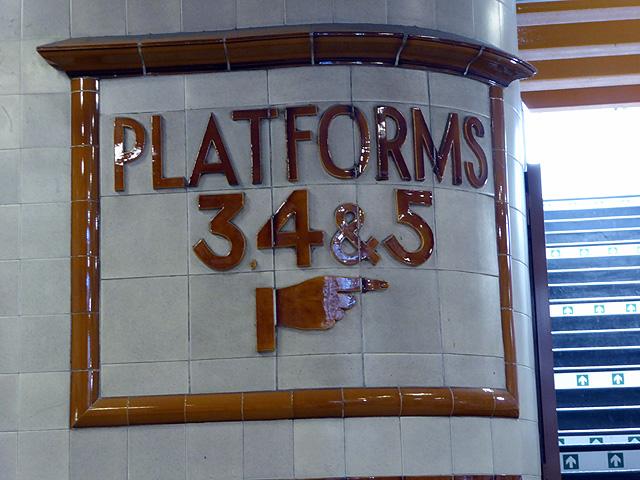 Art Deco platform information at Cardiff Central