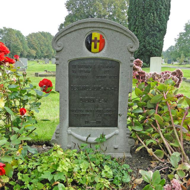 WW1 Belgian grave in Cambridge city cemetery