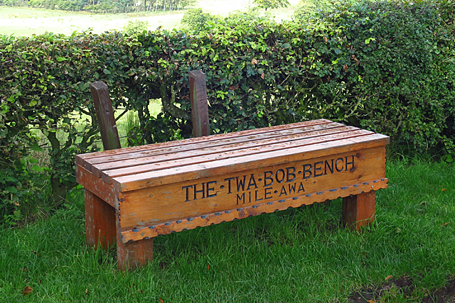 The Twa Bob Bench