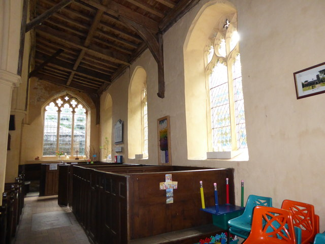 St Peter, Reymerston: side aisle
