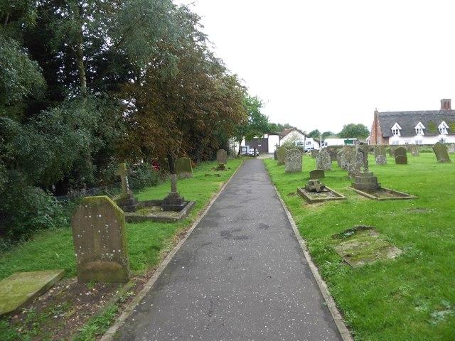 SS Peter & Paul, Carbrooke: churchyard (b)