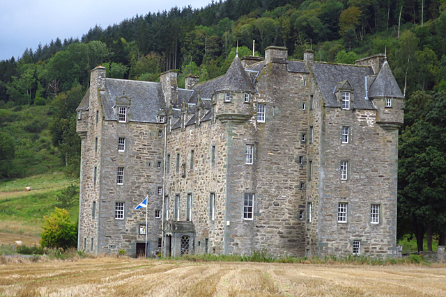 Castle Menzies