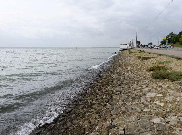 High tide by the Western Esplanade