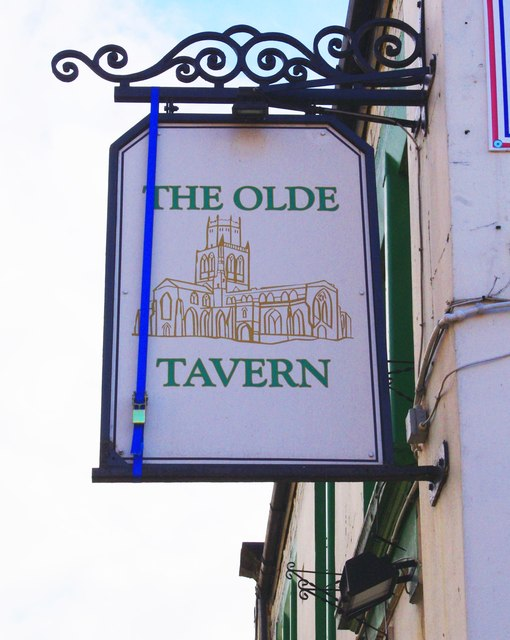 The Olde Tavern (2) - sign, 34 South Baileygate, Pontefract