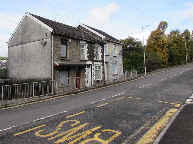 Row of three houses, Miskin Road, Trealaw