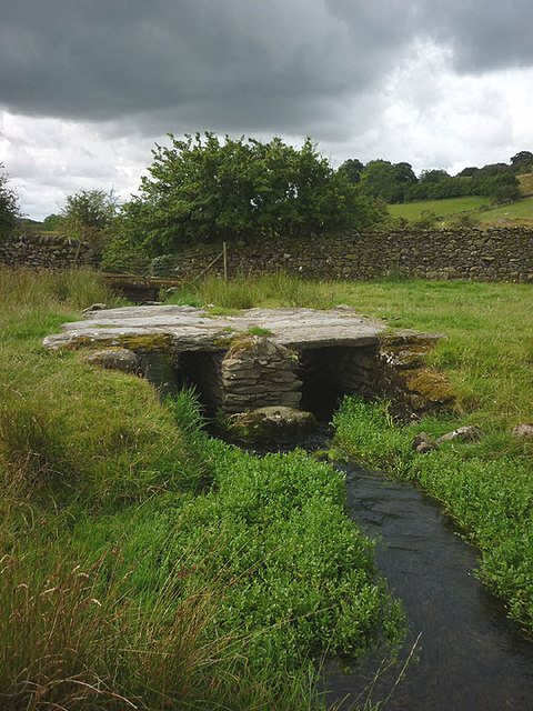 Clapper bridge over Muddy Pool