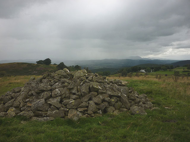 Cairn on Grassgarth Heights