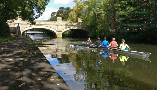 Rowers on the 'Mile Straight'