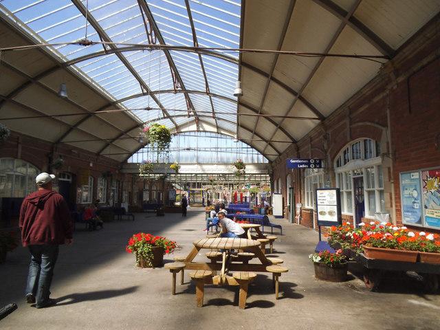 Bridlington station - ticket hall