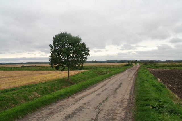 Carr Lane, Bonby, approaching Land Drain