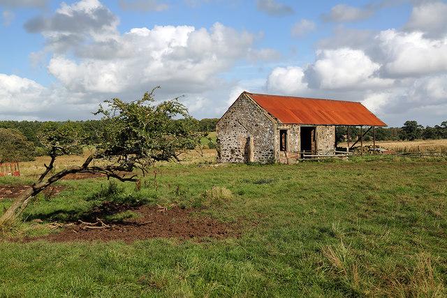 A farm storage building at Bogside
