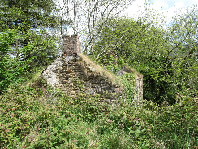 Roofless house on the slopes of Slievenaglogh