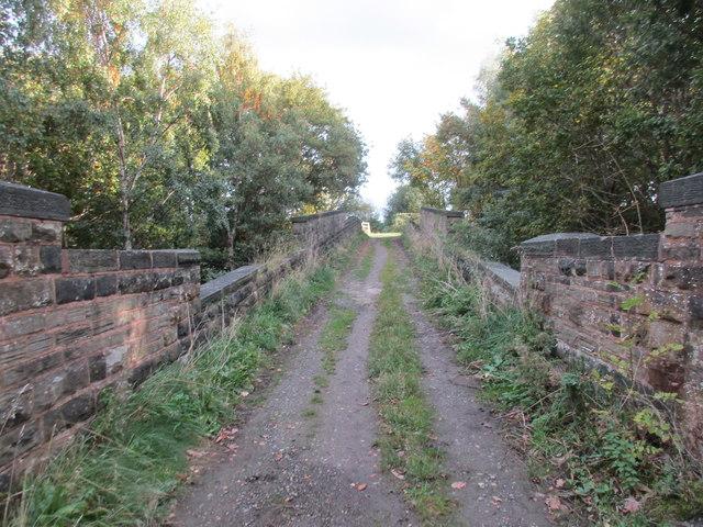 Crossing the railways, Blackergreen Lane