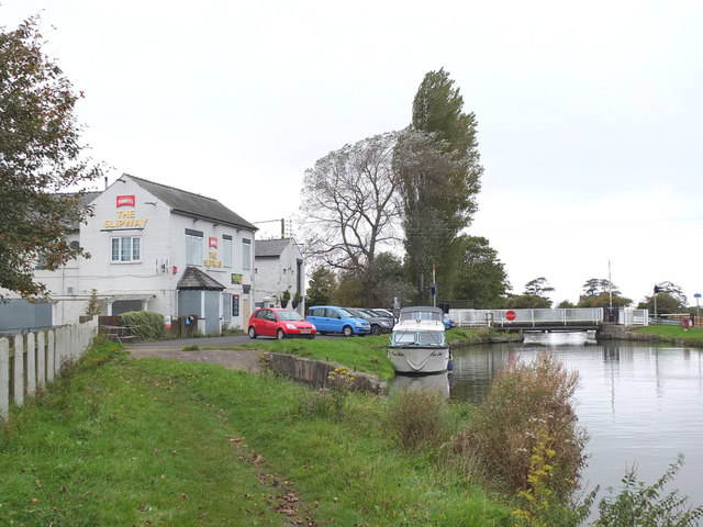 The Leeds - Liverpool Canal at Crabtree Lane