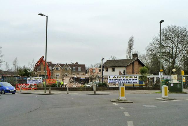 Demolition of The Mill pub, Mill Hill