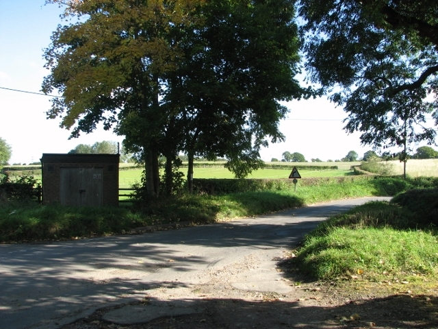 Road junction on Swardeston Common
