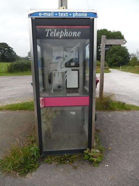 KX100 Telephone Box in Paythorne
