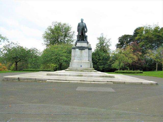 Andrew Carnegie Statue, Pittencrieff Park, Dunfermline
