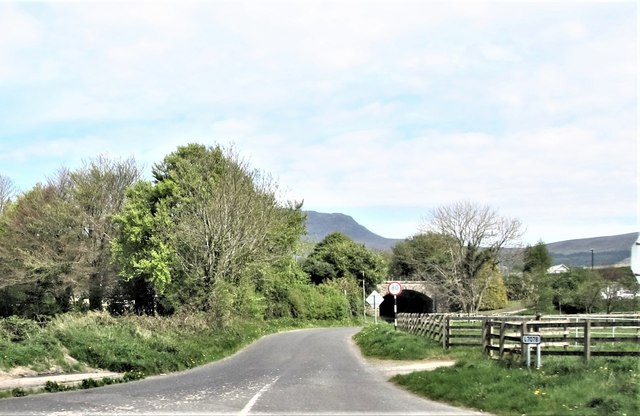Former Dundalk to Greenore Railway bridge crossing the L7078