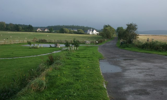 Recently built houses, Clochan