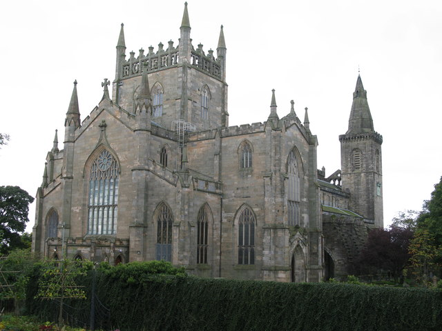 Dunfermline Abbey, New Abbey Nave and Parish Church