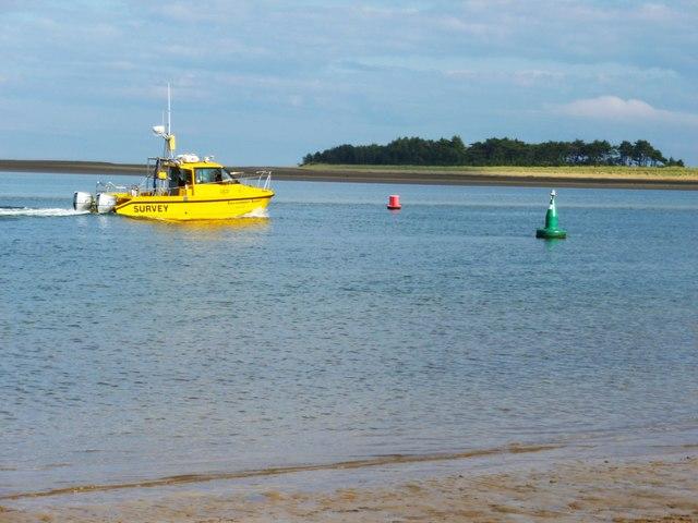 Survey boat returning to port