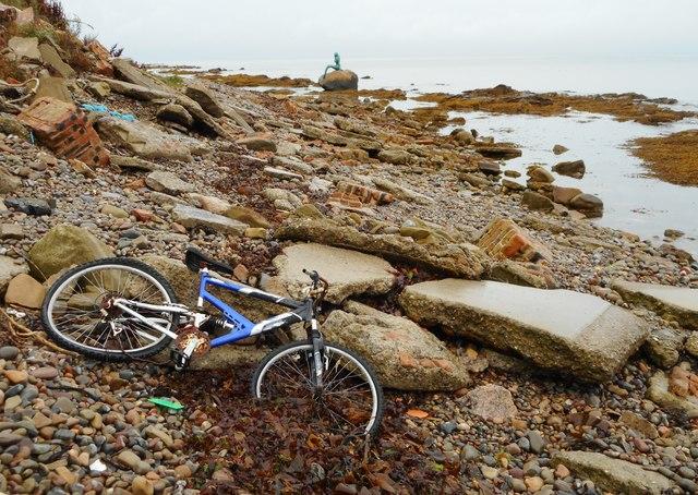 Bike on the beach, Balintore