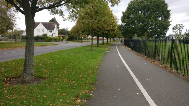 Cycle path along Fullhurst Avenue in Braunstone