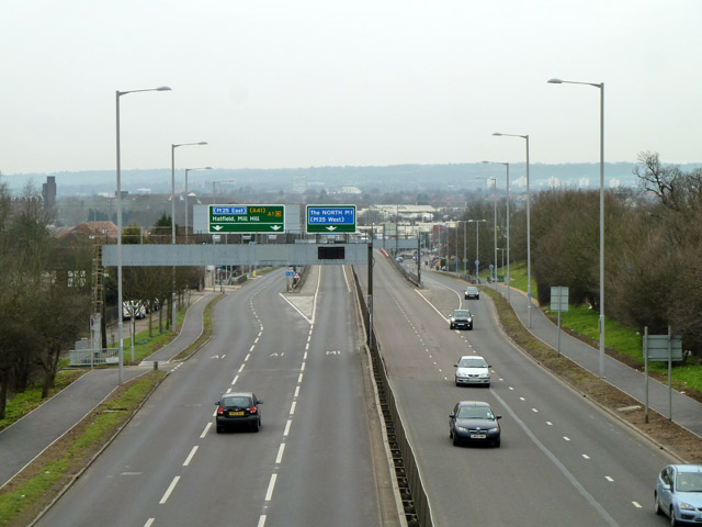 A1 approaching M1 and A41 junction