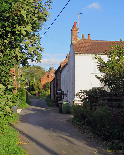 Marton: up Wapping Lane