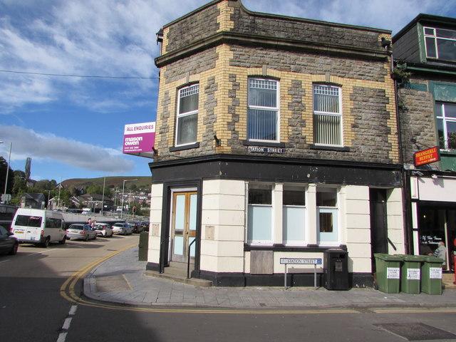 Former Lloyds Bank branch on a Porth corner