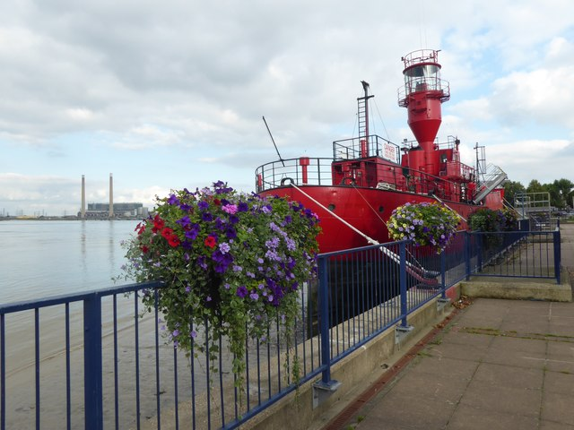 Light Vessel 21 at St Andrew's Quay, Gravesend