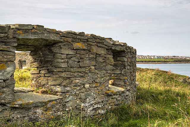 North Wales WWII defences: Holyhead, Anglesey - Penrhos Beach observation post (3)